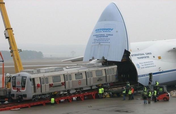Bu uçak içinde bir uçak daha taşıyor! - Page 4