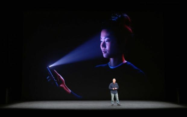Bu yüzden iPhone X yerine iPhone 8 almalısınız - Page 1