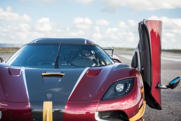 Bugatti Agera RS, Chiron'un 0-400-0 km rekorunu kıtdı - Page 1