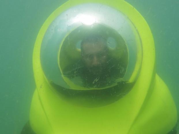 Bursa'da bir firma, tek kişilik denizaltı üretti - Page 1