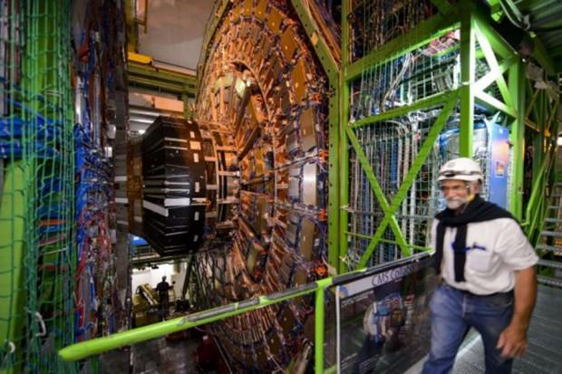 Büyük Hadron Çarpıştırıcısı 2015'te yeniden çalıştırılacak - Page 3
