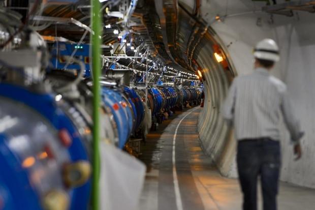 Büyük Hadron Çarpıştırıcısı 2015'te yeniden çalıştırılacak - Page 4
