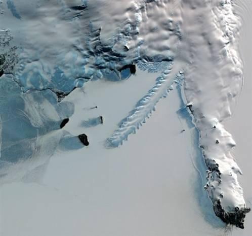 Buzullar uzaydan nasıl görünüyor? - Page 1