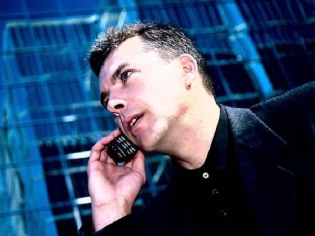 Cep telefonu kullanmada rekor kırıyoruz! - Page 4