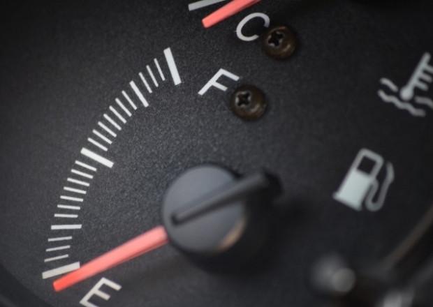 Çeyrek depo benzinle sakın araba kullanmayın! - Page 2