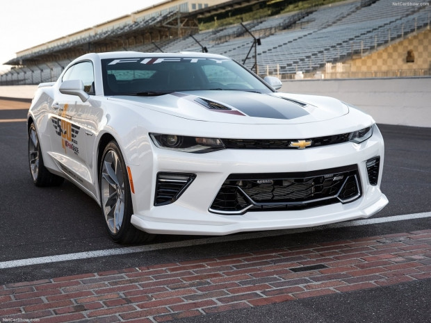 Chevrolet 2016 Camaro SS Indy 500 Pace Car - Page 2