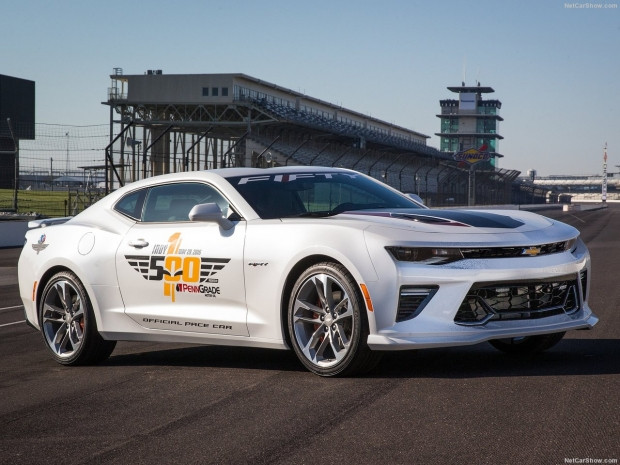 Chevrolet 2016 Camaro SS Indy 500 Pace Car - Page 3