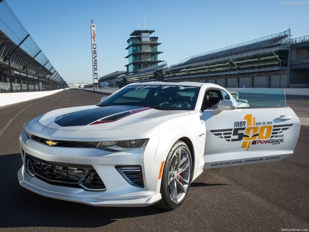 Chevrolet 2016 Camaro SS Indy 500 Pace Car - Page 4