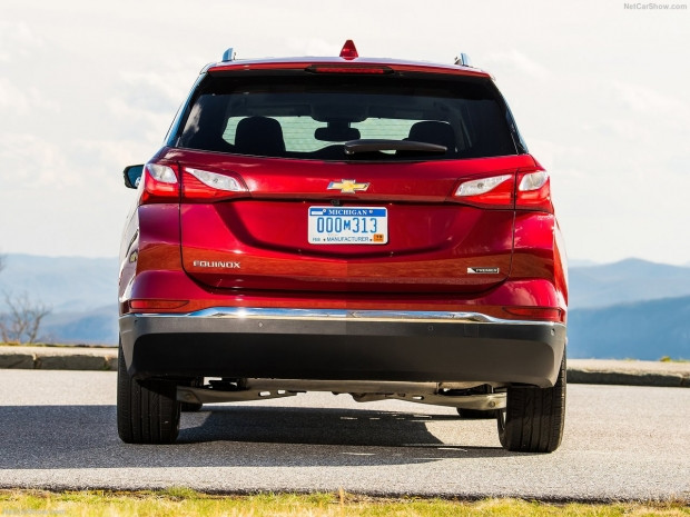 Chevrolet Equinox 2018 - Page 2