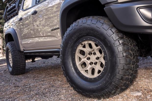 Chevy, Colorado ZR2'yi off-road pikapına dönüştürdü - Page 1