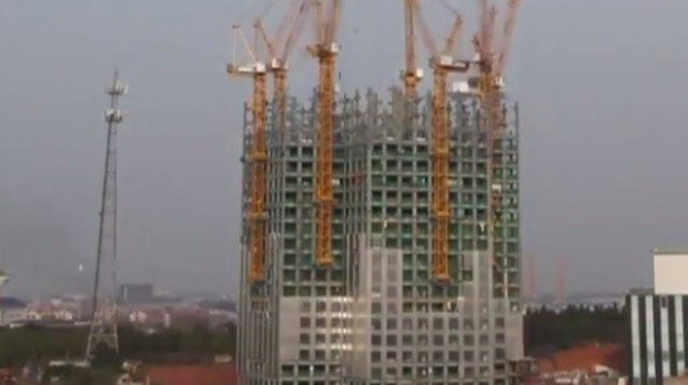Çin 19 günde 57 katlı gökdelen yaptı! - Page 3