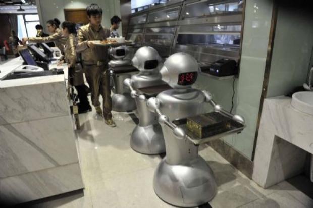 Çin'in en büyük robot restorantı - Page 4