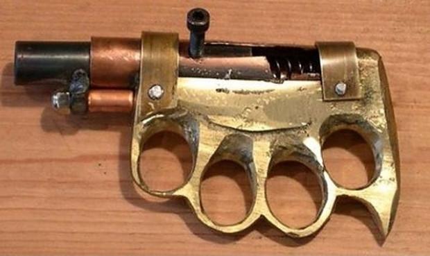 Çok farklı tasarımlara sahip el yapımı 15 silah - Page 1