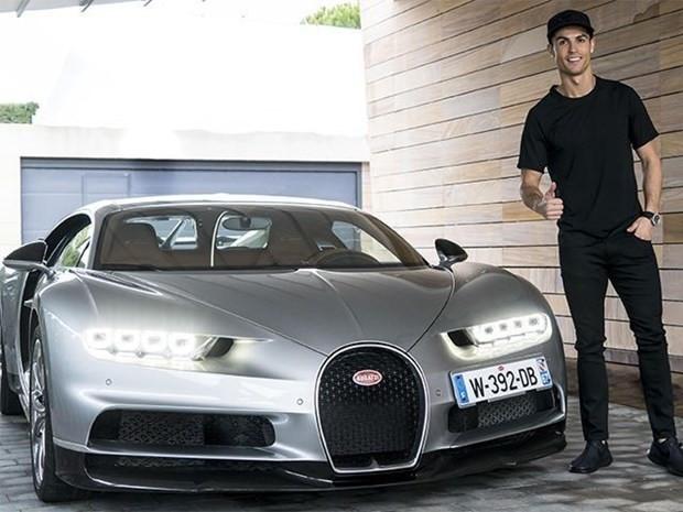 Cristiano Ronaldo'nun akıllara zarar otomobilleri - Page 2