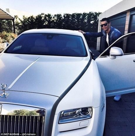 Cristiano Ronaldo'nun akıllara zarar otomobilleri - Page 4