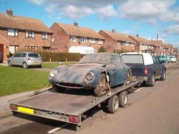 Çürümeye terk edilen lüks otomobiller! - Page 2