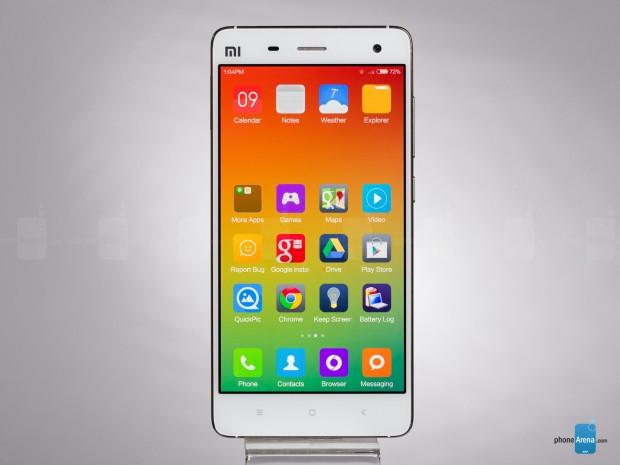 Daha büyük ya da eşit pile rağmen pil süreleri Galaxy Note 5'ten kötü olan akıllı telefonlar - Page 2