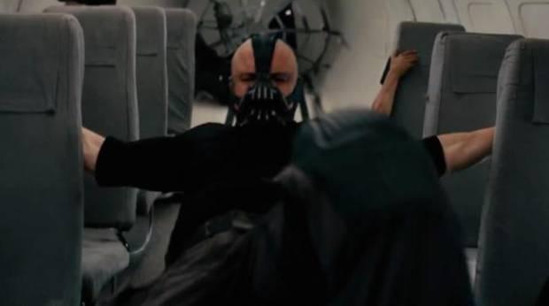 Dark Knight Rises'tan en iyi sahneler! - Page 1