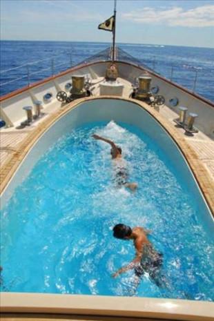 Deniz üzerinde lüks otel konforu - Page 3