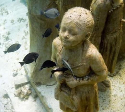 Denizin dibinde ürküten müze - Page 3