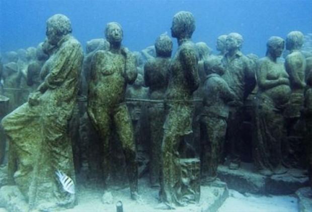 Denizin dibinde ürküten müze - Page 4