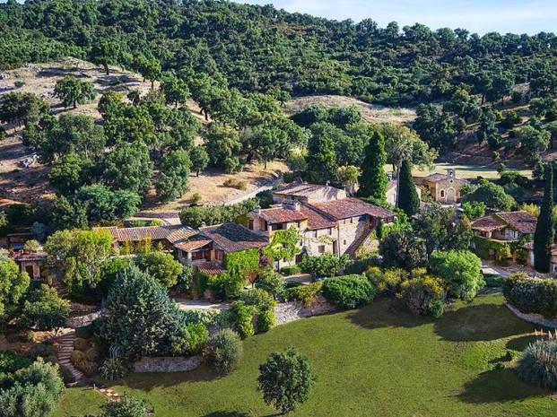 Depp sıradışı evini 27 milyon dolara satıyor - Page 3