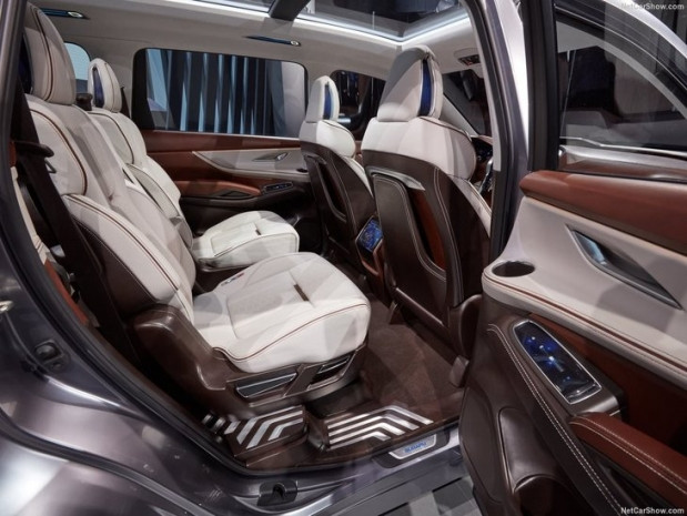 Dev boyutuyla 2017 Subaru Ascent - Page 3