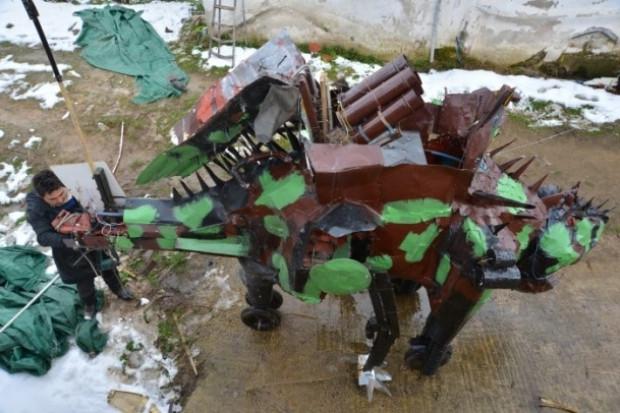 """Dinozor görünümlü """"füzeatar"""" - Page 4"""