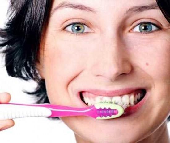 Diş fırçasını asla ıslatmayın - Page 2