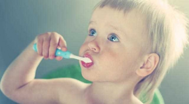Diş fırçasını asla ıslatmayın - Page 3
