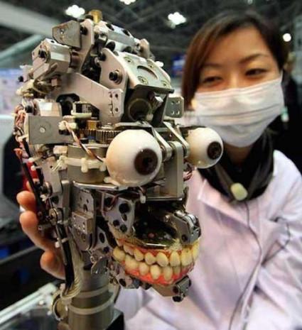Diş hekimi adayları bu robotlarla pratik yapıyor - Page 1