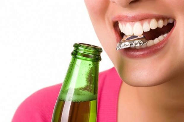 Dişlere zarar veren 7 yanlış hareket - Page 1