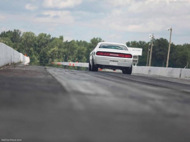 Dodge Challenger Mopar Drag Pak konsept - Page 1