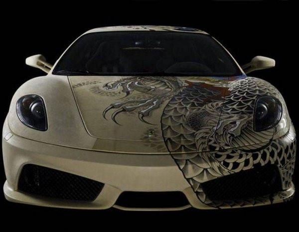 Dövmeli Ferrari F430 büyüledi! - Page 1