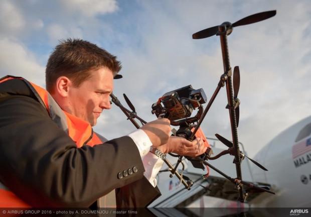 Drone'lar uçakları kontrol edecek! - Page 2