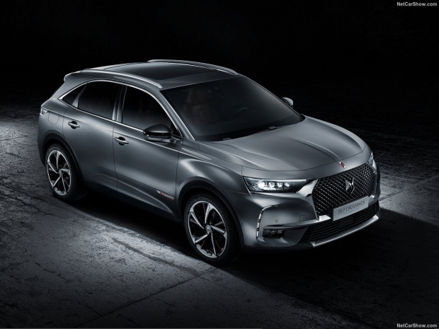 DS 7 Crossback 2018 - Page 1