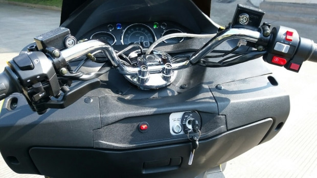 Dünyadaki en hızlı elektrikli motorsikleti - Page 3