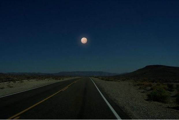 Dünyamızdan ay yerine diğer gezegenleri görseydik nasıl olurdu sorusuna cevap veren 7 ilginç kare - Page 1