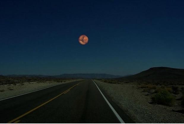 Dünyamızdan ay yerine diğer gezegenleri görseydik nasıl olurdu sorusuna cevap veren 7 ilginç kare - Page 2