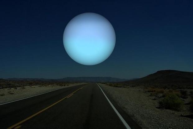 Dünyamızdan ay yerine diğer gezegenleri görseydik nasıl olurdu sorusuna cevap veren 7 ilginç kare - Page 3