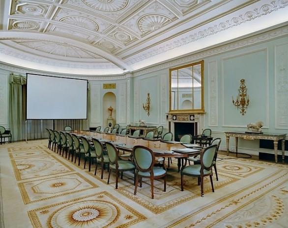 Dünyanın 15 büyük şirket ve kuruluşunun genel merkezlerindeki toplantı salonları - Page 3