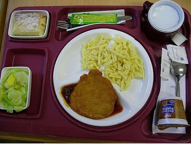 Dünyanın 17 farklı ülkesinden hastanelerin hastalarına verdikleri yemekler - Page 3