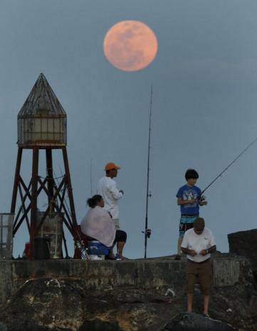 Dünya'nın 2 tane Ay'ı olduğu iddia edildi - Page 3