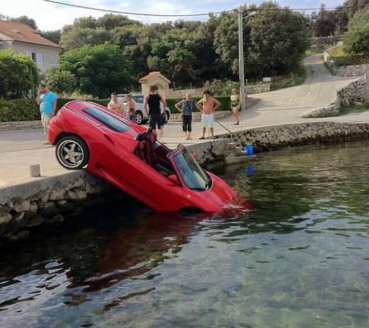 Dünyanın en ilginç araba kazaları - Page 4