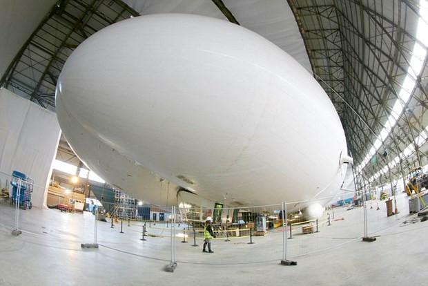 Dünyanın en büyük hava aracı test uçuşu için gün sayıyor - Page 4