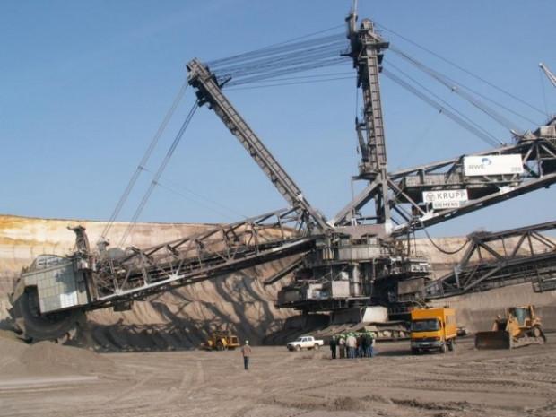 Dünyanın en büyük iş makinesi - Page 3