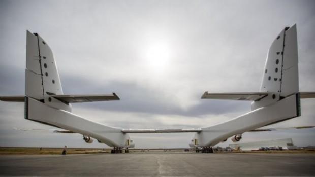 Dünyanın en büyük uçağı Roc göründü! - Page 2