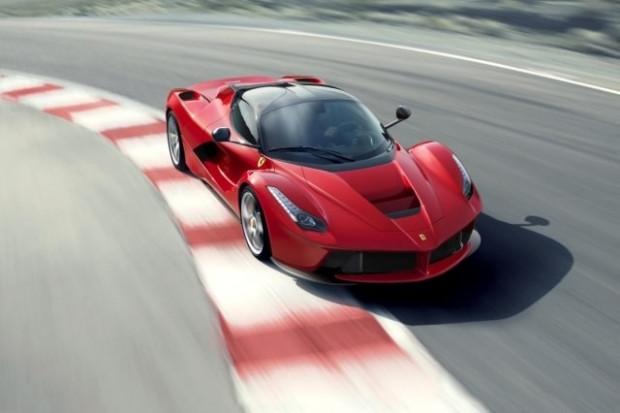 Dünyanın en hızlı 10 arabası açıklandı! - Page 1
