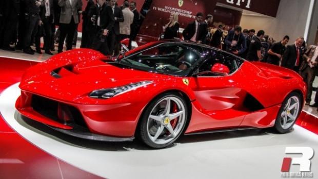Dünyanın en hızlı 10 süper otomobili - Page 2