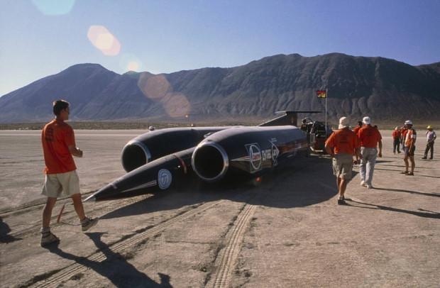 Dünyanın en hızlı otomobili Thrust SSC - Page 4